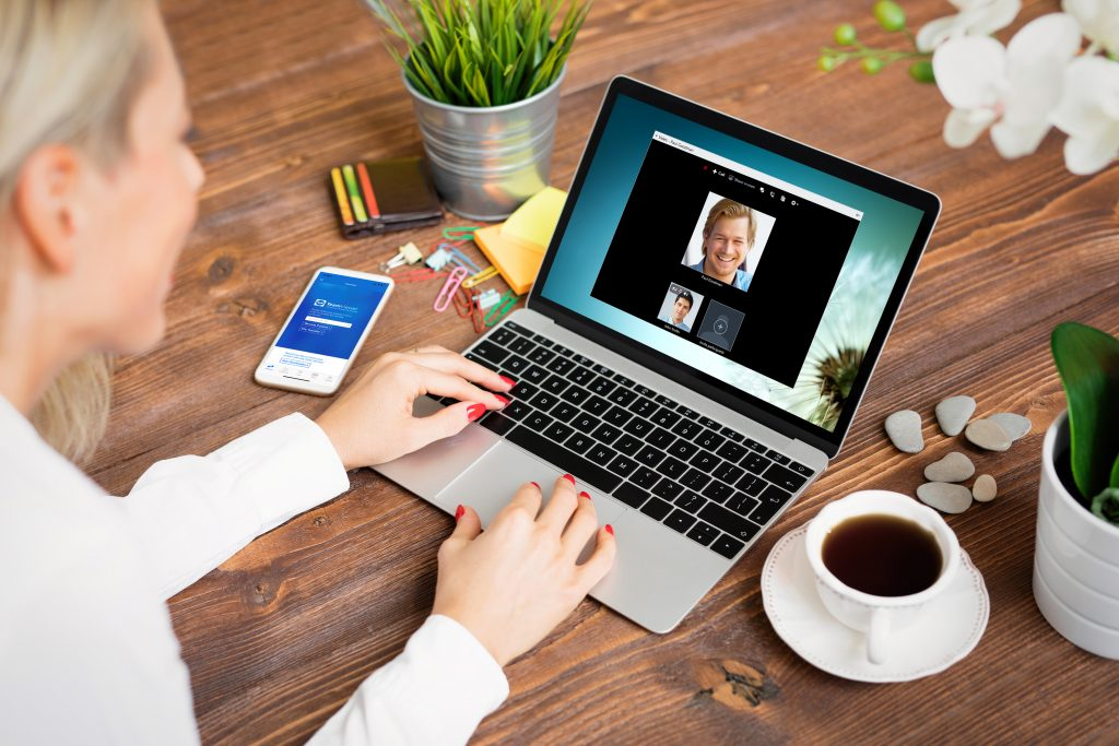 webcam chatting